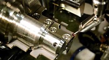 FANUC ROBOCUT α - Austasten und Erodieren von PKD-Werkzeugen